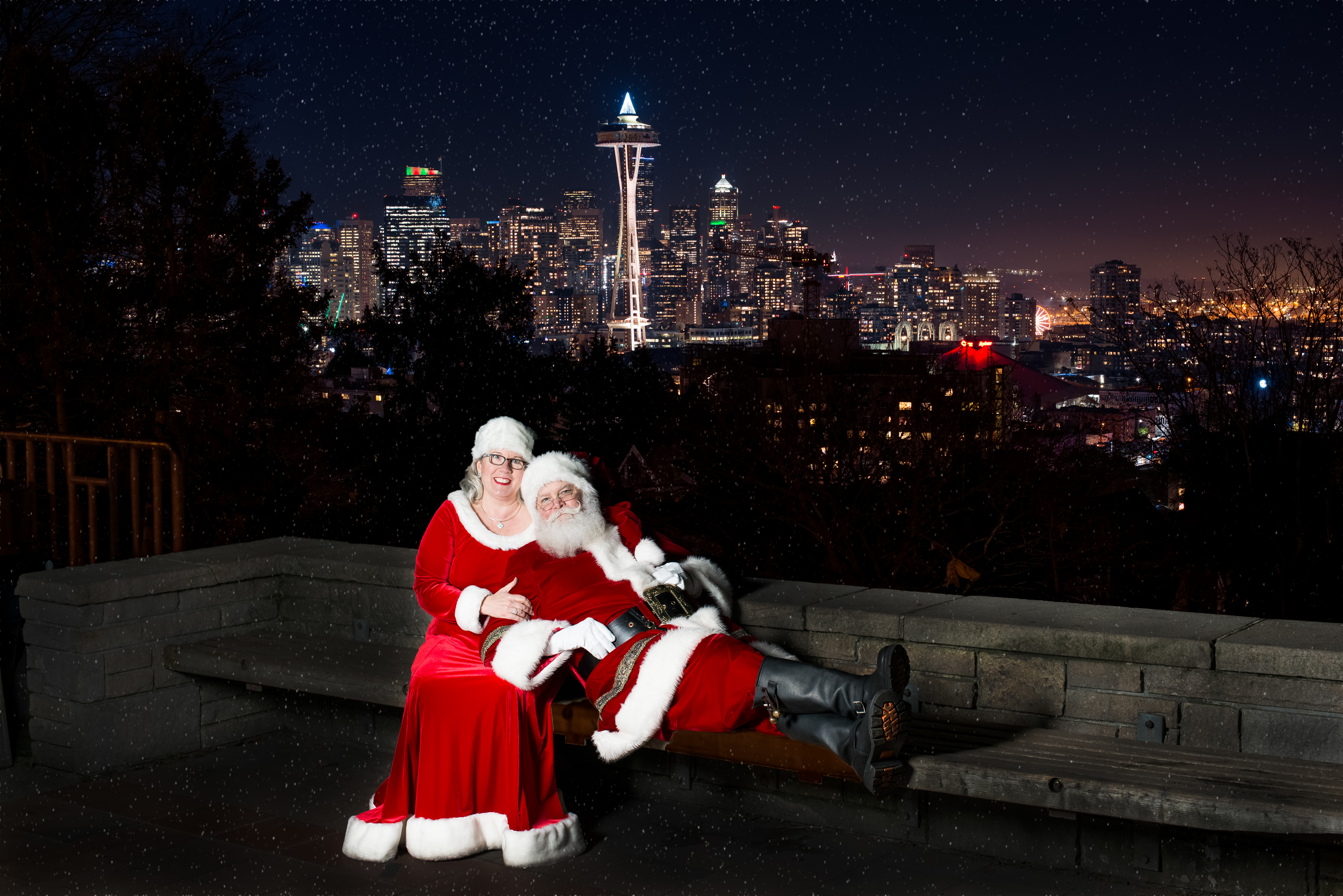 Seattle Santa Claus and Mrs Claus